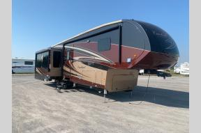 Used 2017 Forest River RV Cardinal 3850RL Photo