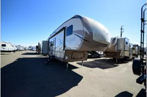 New 2019 Forest River RV Rockwood Signature Ultra Lite 8301WS Photo