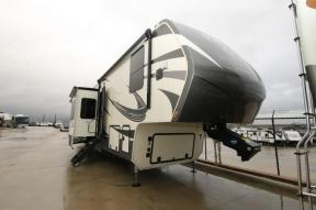 Used 2020 VanLeigh RV Vilano 385RD Photo