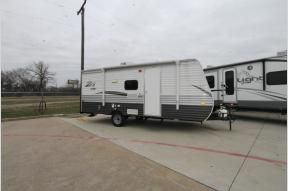 Used 2017 CrossRoads RV Zinger Z1 Series Lite ZR18BH Photo