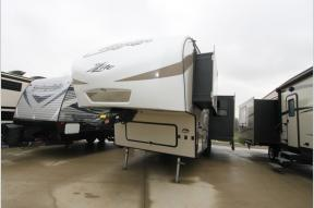 Used 2018 Keystone RV Cougar X-Lite 25RES Photo
