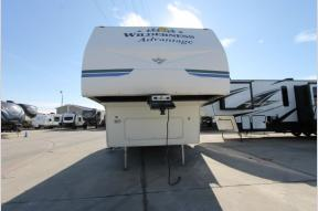 Used 2006 Heartland Advantage 2952BS Photo