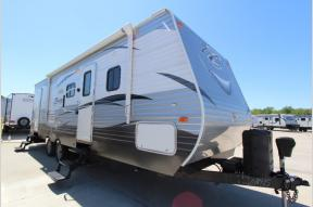 Used 2017 CrossRoads RV Zinger ZR28BH Photo