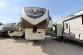 Used 2017 Heartland Bighorn 3270RS Photo