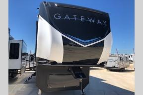 Used 2019 Heartland Gateway 3810 RLB Photo