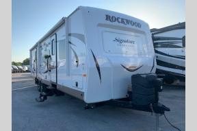 Used 2017 Forest River RV Rockwood Signature Ultra Lite 8312SS Photo