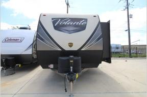Used 2018 CrossRoads RV Volante 31BH Photo