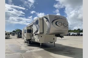 Used 2018 Forest River RV columbus 386FK Photo