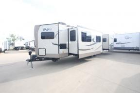 Used 2017 Forest River RV Flagstaff V-Lite 30WFKSS Photo