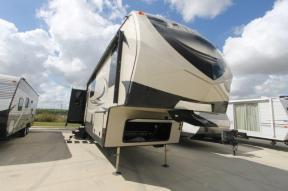 Used 2018 Keystone RV Laredo 380MB Photo