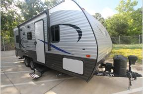 Used 2018 CrossRoads RV Zinger Z1 Series ZR211RD Photo