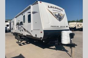 Used 2014 Prime Time RV LaCrosse 318BHS Photo