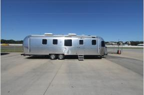 Used 2018 Airstream RV AIRSTREAM 33FB Photo