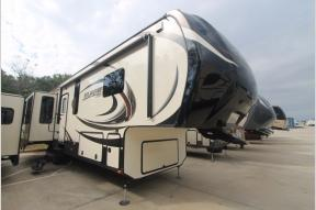 Used 2015 Keystone RV Alpine 3511RE Photo