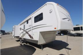Used 2003 Carriage Carri-Lite 35RL3 Photo