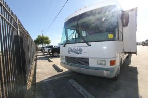 Used 2000 National RV Dolphin 5371 Photo