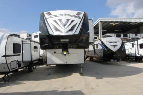 Used 2017 Dutchmen RV Voltage 3895 Photo