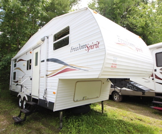 Used 2007 Dutchmen RV Freedom Spirit 240B Fifth Wheel at