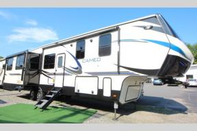New 2019 CrossRoads RV Cameo CE3921BR Photo