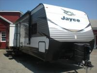Used 2018 Jayco Jay Flight 33RBTS Photo