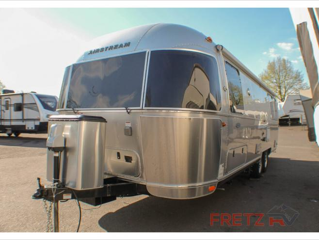 Used 2017 Airstream RV Flying Cloud 27FB Twin Travel Trailer