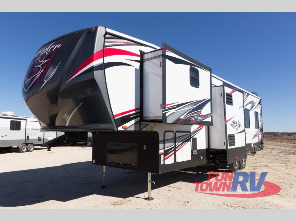 New 2018 Cruiser Stryker 3513 Toy Hauler Fifth Wheel At