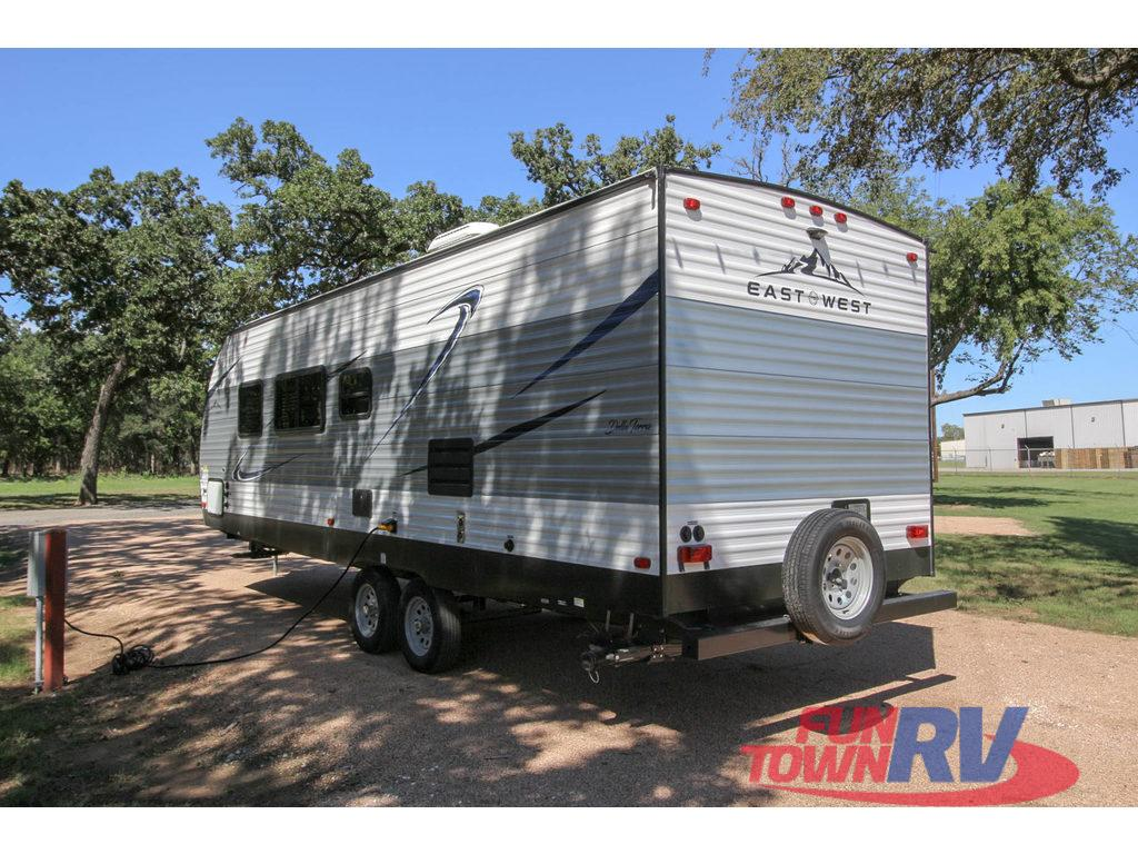 New 2019 East To West Della Terra 27 Kns Travel Trailer At