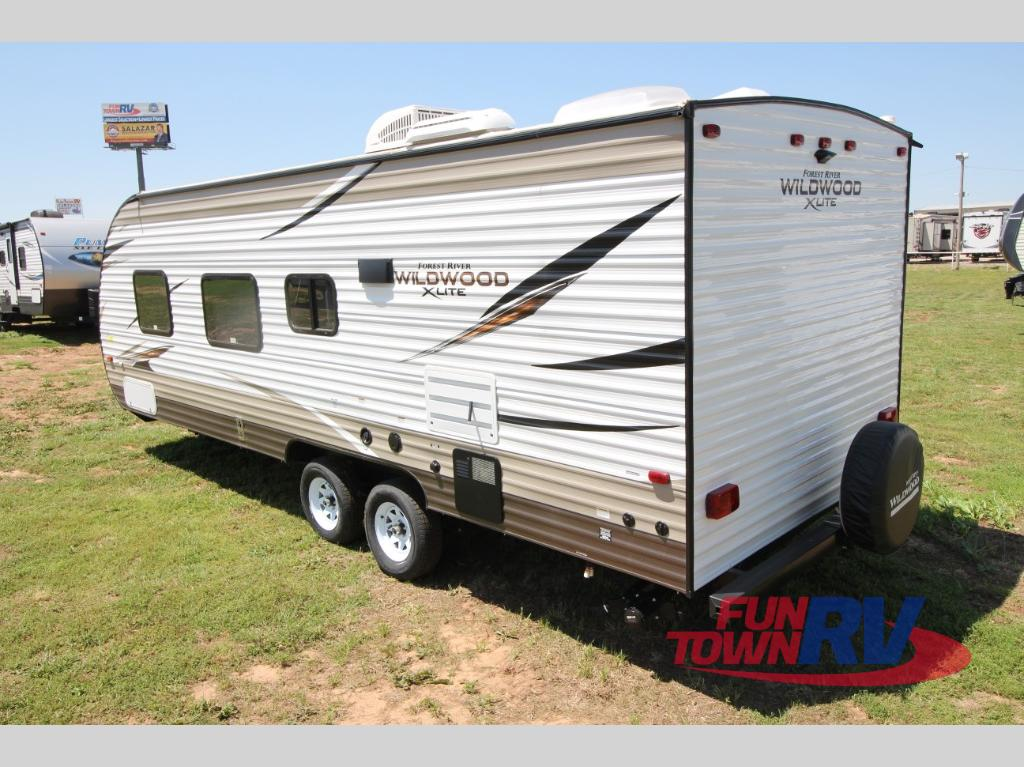 Travel Trailer Dealer Houston Tx >> New 2018 Forest River RV Wildwood X-Lite 241QBXL Travel Trailer at Fun Town RV | Cleburne, TX ...
