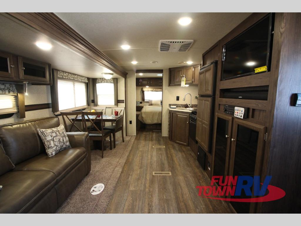 Lite Travel Trailers >> New 2018 Forest River RV Rockwood Ultra Lite 2606WS Travel ...