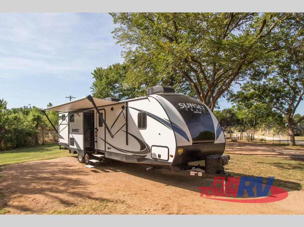 New 2019 Crossroads Rv Sunset Trail Super Lite Ss331bh