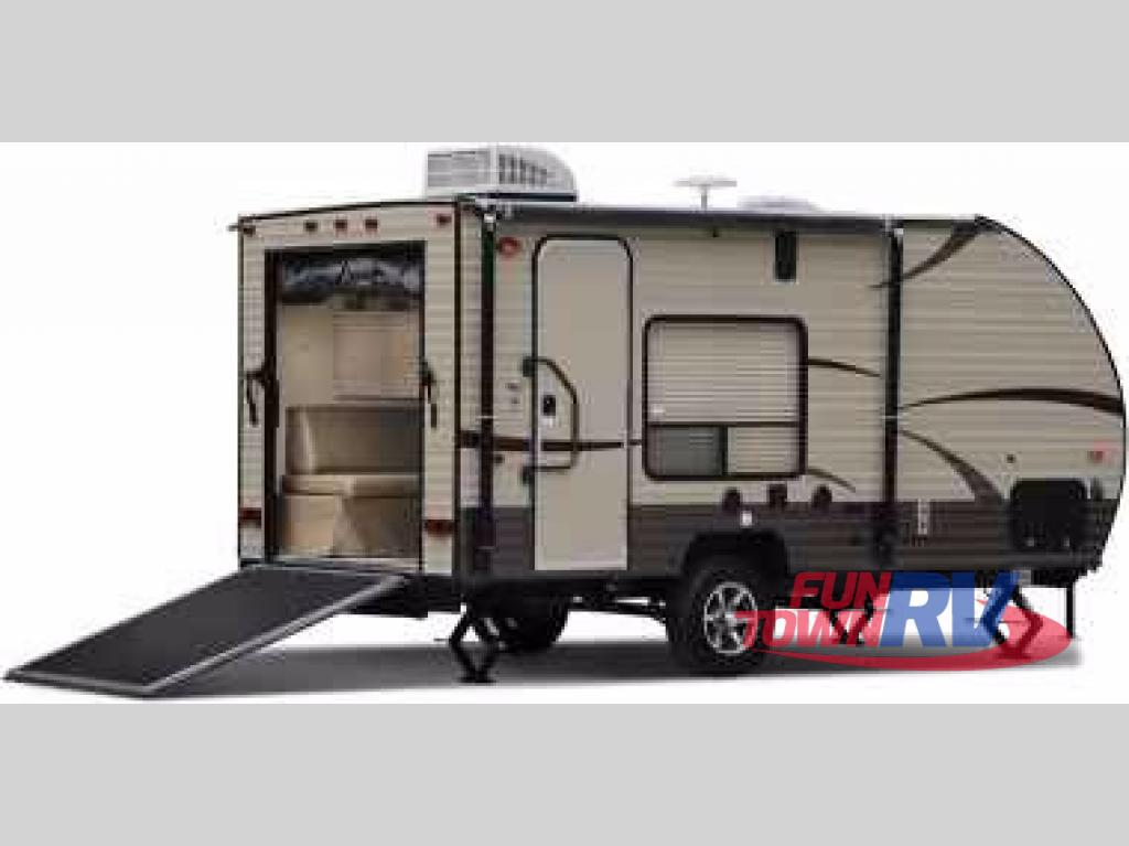 New 2018 Forest River Rv Cherokee Wolf Pup 17rp Toy Hauler