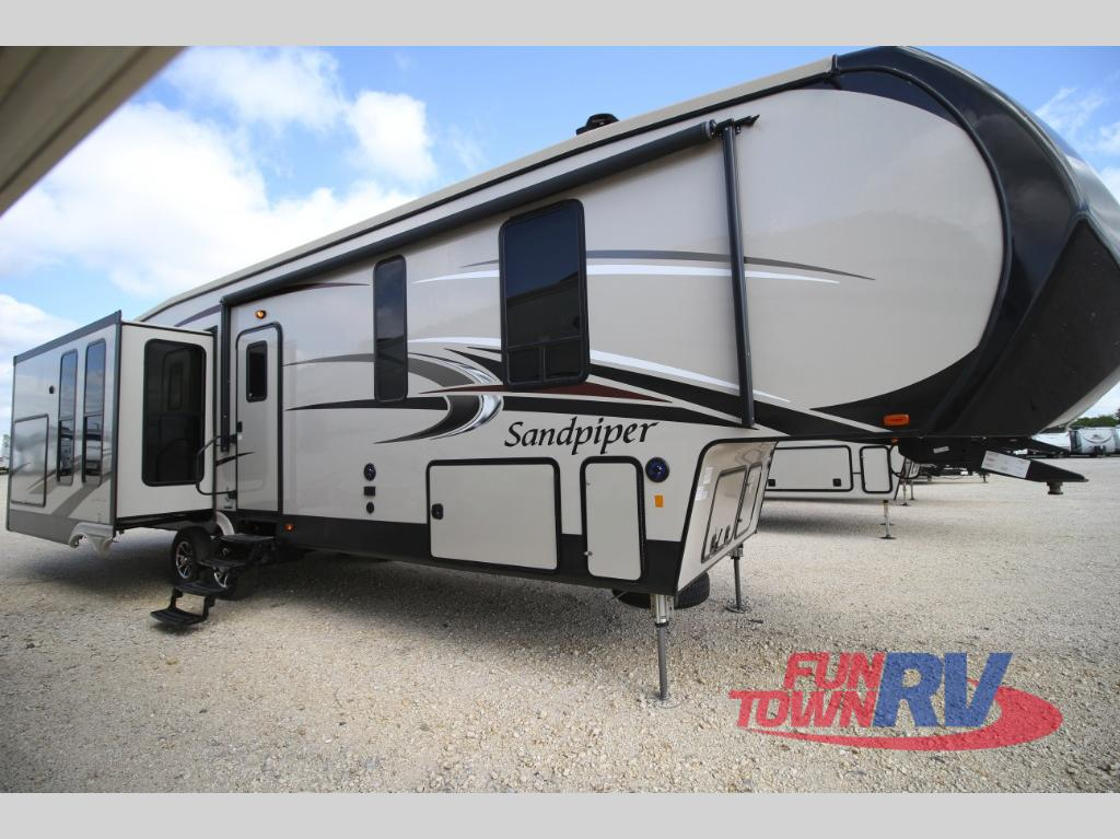 New 2018 Forest River Rv Sandpiper 367dsok Fifth Wheel At