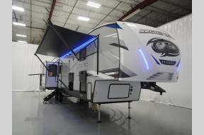 New 2022 Forest River RV Cherokee Arctic Wolf Suite 3660 Photo