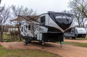 New 2019 Heartland Gravity 3772 Photo