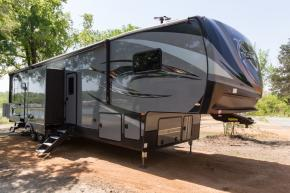 New 2018 Forest River RV XLR Thunderbolt 413AMP Photo