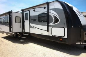 New 2018 Forest River RV Vibe 288RLS Photo