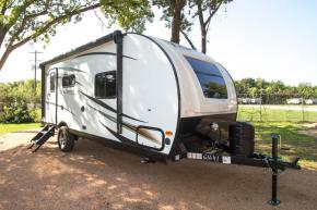 New 2019 Palomino PaloMini 181FBS Photo