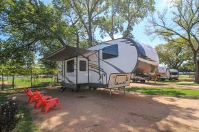 New 2019 Forest River RV Rockwood Signature Ultra Lite 8297S Photo