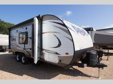 Used 2017 Forest River RV Wildwood X-Lite 201BHXL Photo