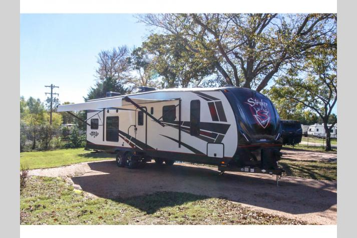 Toy Haulers for Sale in Texas - Toy Hauler Dealer in TX