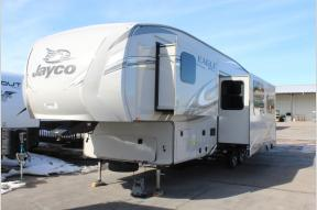 New 2018 Jayco Eagle 29.5BHDS Photo
