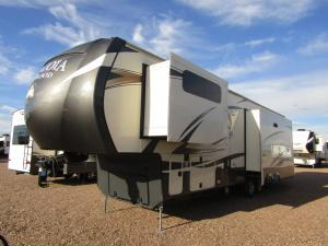 Used 2017 Redwood RV Sequoia SQ38GKS Photo