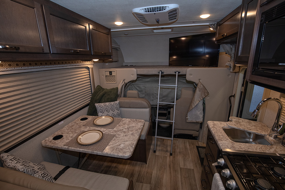 Four Winds 22E Interior