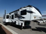 New 2019 Dutchmen RV Voltage V4205