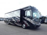 New 2019 Fleetwood RV Discovery LXE 40M