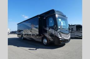 New 2019 Fleetwood RV Discovery LXE 40M Photo