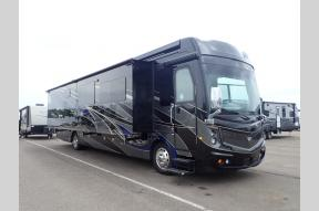 New 2019 Fleetwood RV Discovery LXE 40G Photo