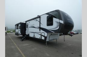 New 2021 Dutchmen RV Yukon 399ML Photo