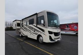 New 2020 Fleetwood RV Fortis 33HB Photo
