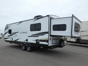 Outback Ultra Lite 240URS Photo